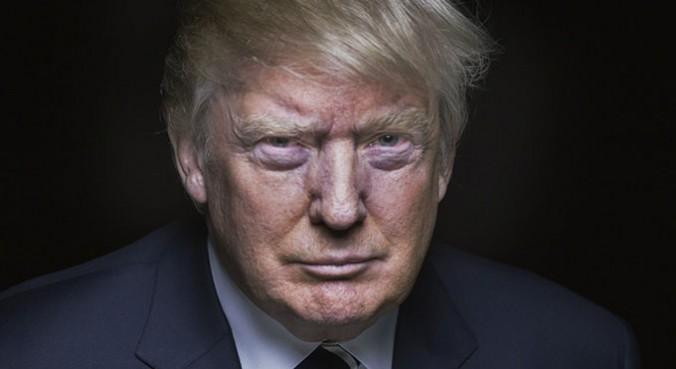 Ο Τραμπ απέλυσε τον επικεφαλής του FBI