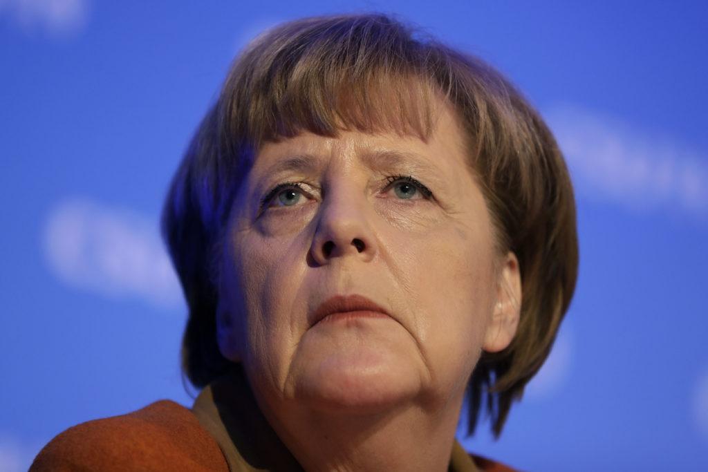 Tageszeitung: Η Μέρκελ είναι κρυφή εθνικίστρια