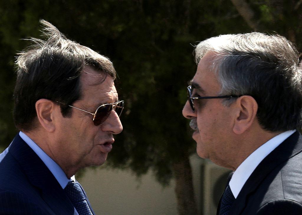 Κυπριακό: Αφήνει τις συνομιλίες και πάει Πακιστάν ο Ακιντζί!