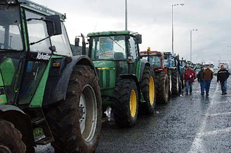Πώς θα υπολογίζονται οι ασφαλιστικές εισφορές για τους αγρότες