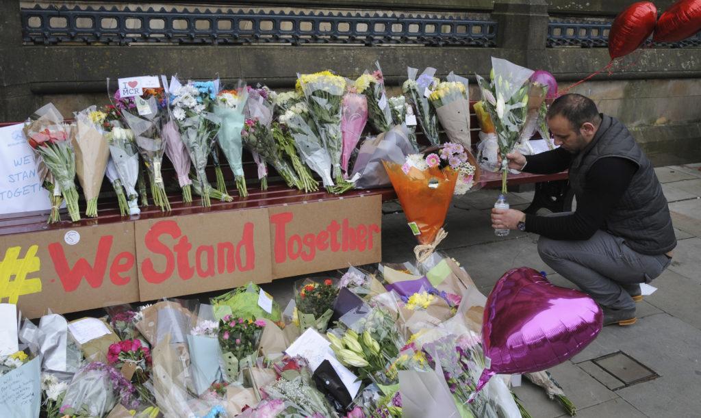 Μάντσεστερ: Ταυτοποιήθηκαν όλα τα θύματα