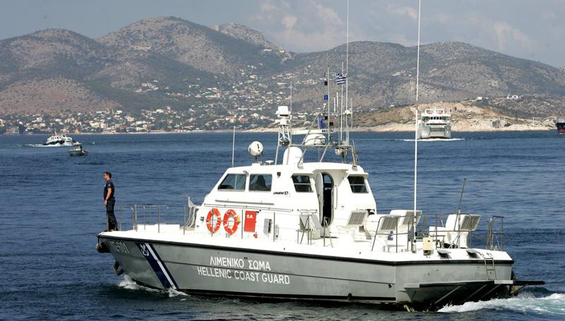 Κως: Μπλόκαραν πλοίο που μετέφερε εκρητικά