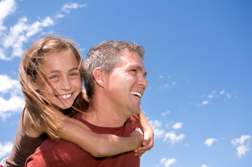 Πιο ευαίσθητος ο εγκέφαλος των μπαμπάδων για τις κόρες απ' ό,τι για τους γιους