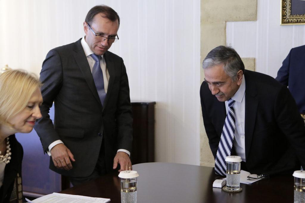 Κυπριακό – Άιντε: Δεν είμαστε κοντά σε διάσκεψη
