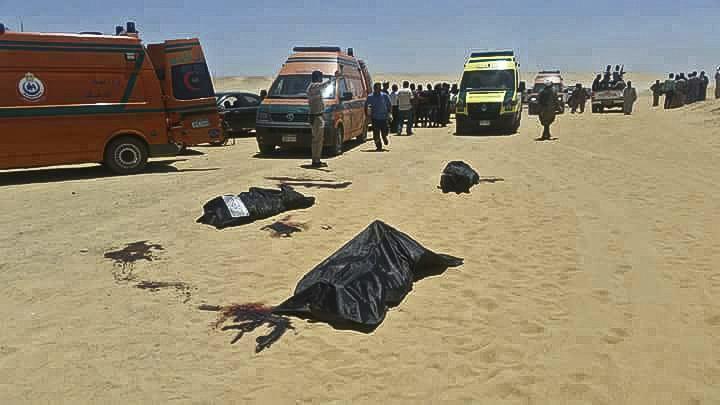 Αίγυπτος: Μακελειό με δεκάδες νεκρούς από ένοπλη επίθεση σε Χριστιανούς Κόπτες (Video+Photos)