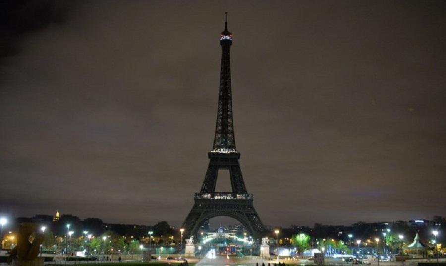 Σβήνει τα φώτα του απόψε ο Πύργος του Άιφελ