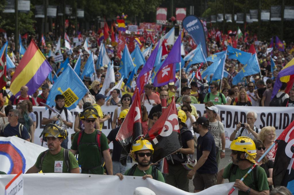 Πορεία αξιοπρέπειας από τους Ισπανούς εργαζόμενους