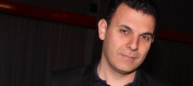Οργή για την ανάρτηση Καραμέρου στο twitter για τον θάνατο Μητσοτάκη