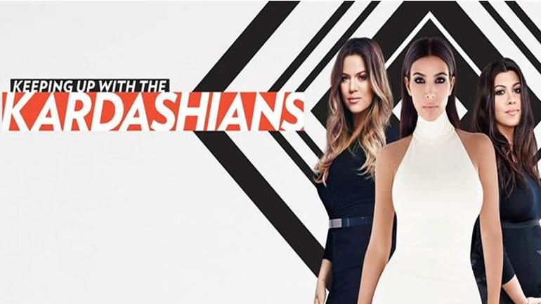 Δείτε πώς ο ALPHA διαφημίζει την σειρά με τις Kardashians (Photos)