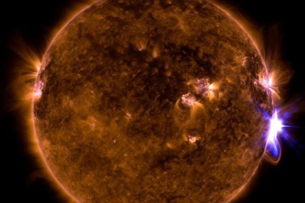 Ακόμη μία εντυπωσιακή έκλαμψη καταγράφει η NASA