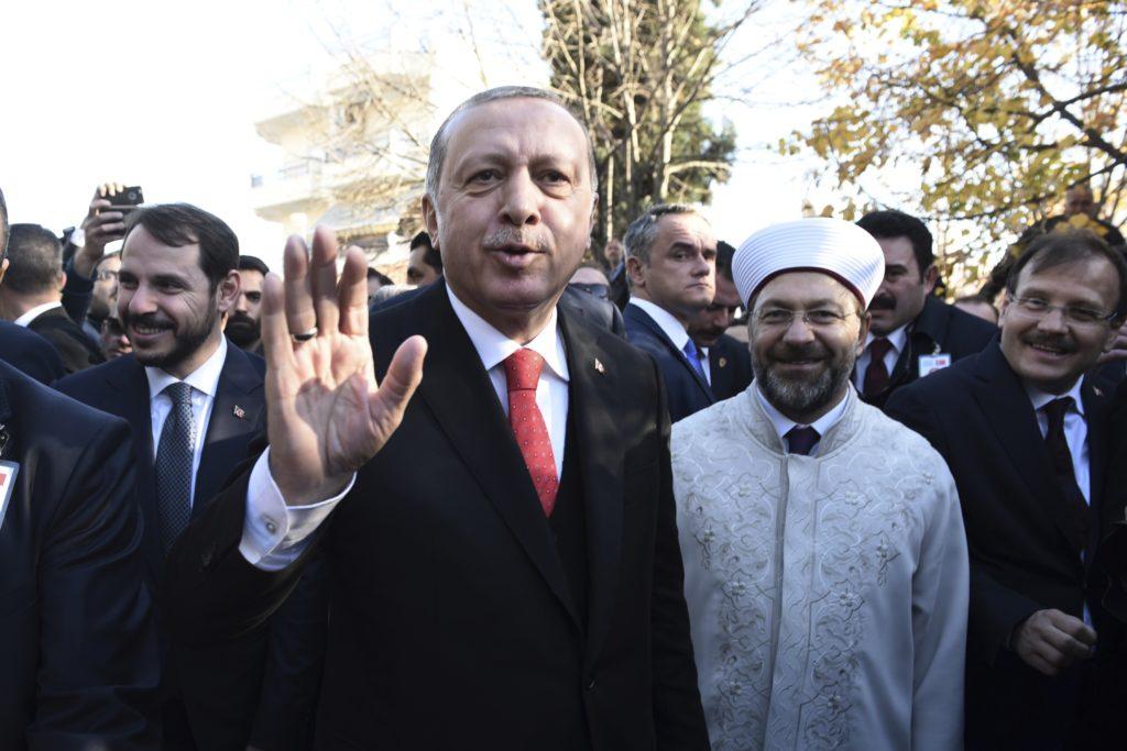 Τι λέει ο διευθυντής της Hurriyet για την επίσκεψη Ερντογάν – Γιατί άνοιξε το θέμα της Λωζάνης