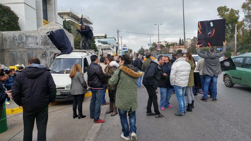 Στα «κάγκελα» με τον Βαρδινογιάννη οι απλήρωτοι έξω από τη Motor Oil – Nέα ανακοίνωση-κόλαφος