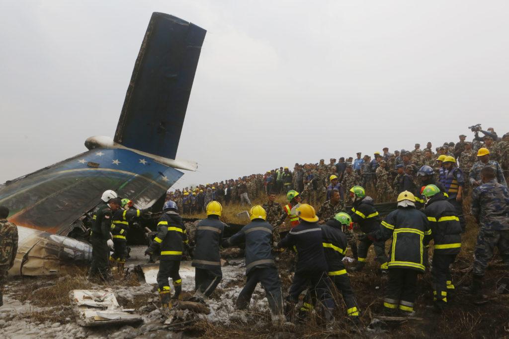 Μπανγκλαντές: Τουλάχιστον 49 νεκροί σε αεροπορικό ατύχημα