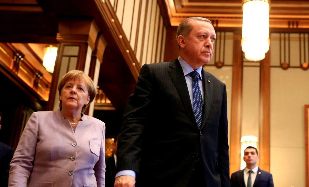 Ε.Ε. κατά Τουρκίας για Αιγαίο και Έλληνες κρατούμενους – Επιμένει στην σύγκρουση η Άγκυρα