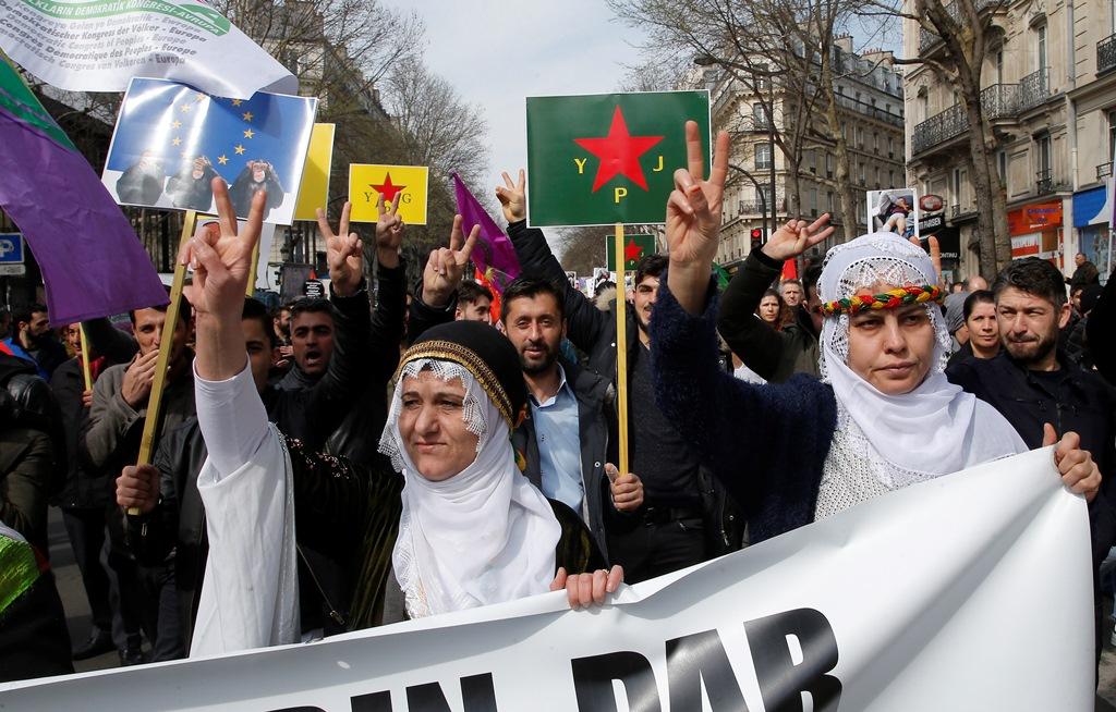 Διαδηλώσεις Κούρδων σε ευρωπαϊκές πόλεις κατά των τουρκικών επιχειρήσεων στο Αφρίν