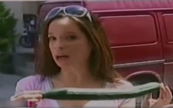 Το κορίτσι με τον μπακαλιάρο που πληρωνόταν από το ΚΕΕΛΠΝΟ και δούλευε στον Άδωνη Γεωργιάδη (Video & Έγγραφα)