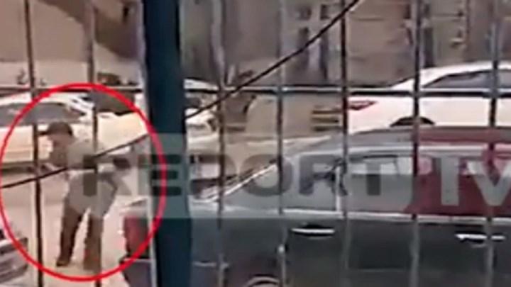 Οι τελευταίες στιγμές του Κατσίφα – Τρέχει με το όπλο στο χέρι και πυροβολεί (Video)