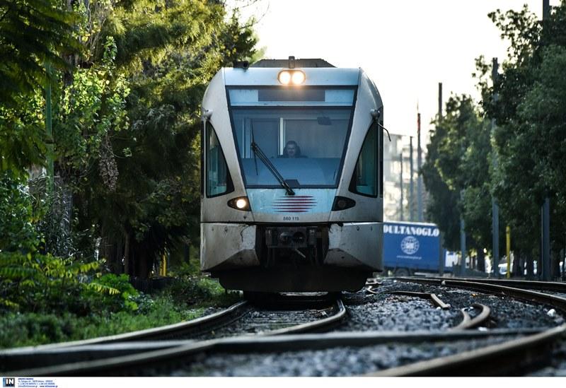 Ακινητοποιημένα τρένα και προαστιακός – 24ωρη απεργία