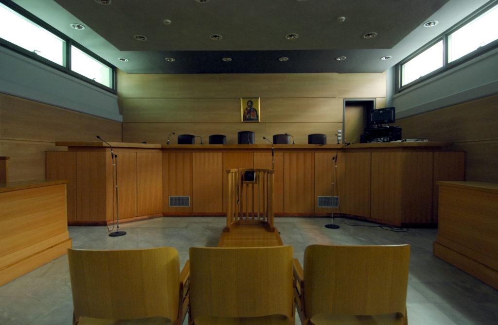 Νομικό Τμήμα ΚΕΔΕ : Σε αργία και μετά τις δημοτικές εκλογές οι αιρετοί του δήμου Ανδραβίδας – Κυλλήνης που καταδικάσθηκαν για απιστία