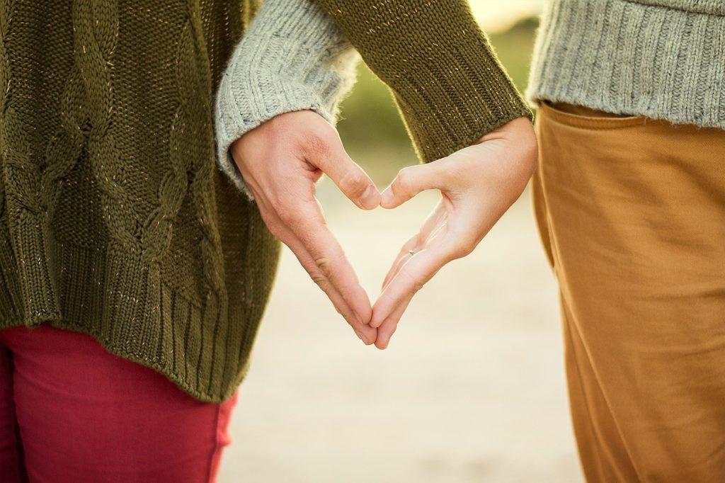 Αγίου Βαλεντίνου: Ο έρωτας είναι θεραπευτικός στην ψυχή αλλά και το σώμα, λένε οι ειδικοί