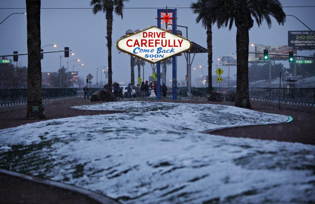 Χιόνισε στο Λας Βέγκας μετά από 82 χρόνια (Video – Photos)
