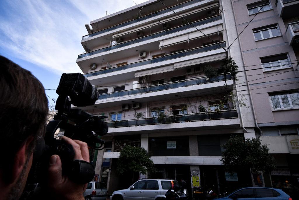 «Βουτιά» στο κενό για 62χρονη στο Παγκράτι – Έπεσε από τον 4ο όροφο (Photos)