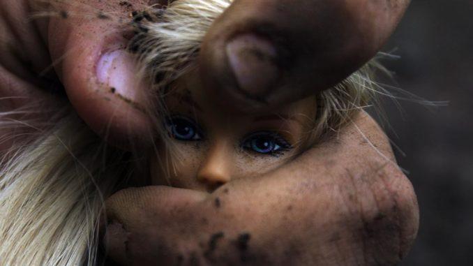 Κοινωνική – ενδοοικογενειακή βία – Του Νότη Μαυρουδή