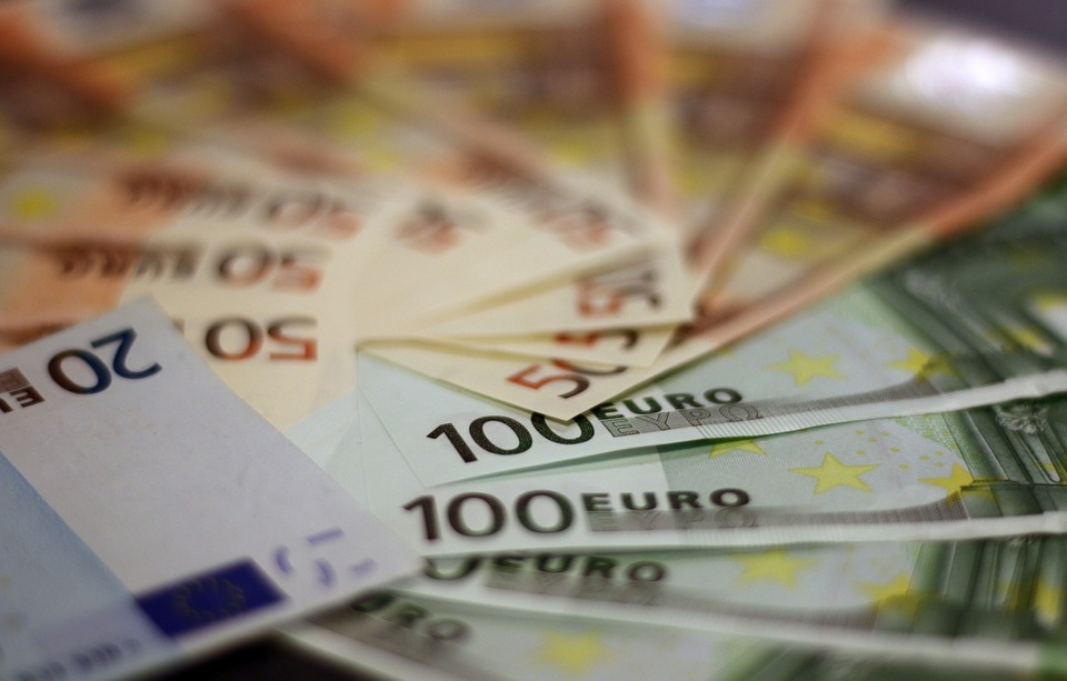 Υπουργείο Εργασίας: 10.000 αιτήσεις μη μισθωτών για υπαγωγή στη νέα ρύθμιση προς τα ασφαλιστικά ταμεία