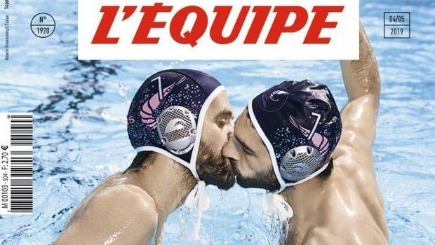Το εκπληκτικό πρωτοσέλιδο της L'Equipe για την ομοφοβία που κάνει τον γύρο του διαδικτύου