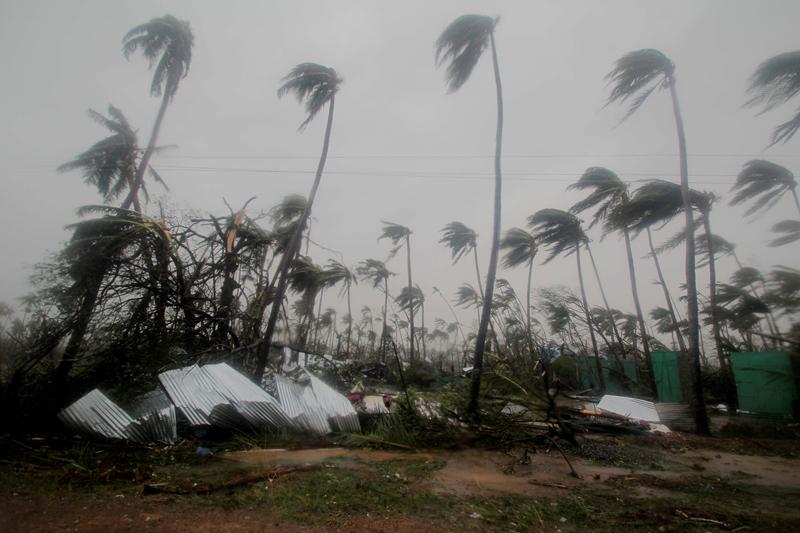 24 νεκροί από τον κυκλώνα Φάνι σε Ινδία και Μπανγκλαντές