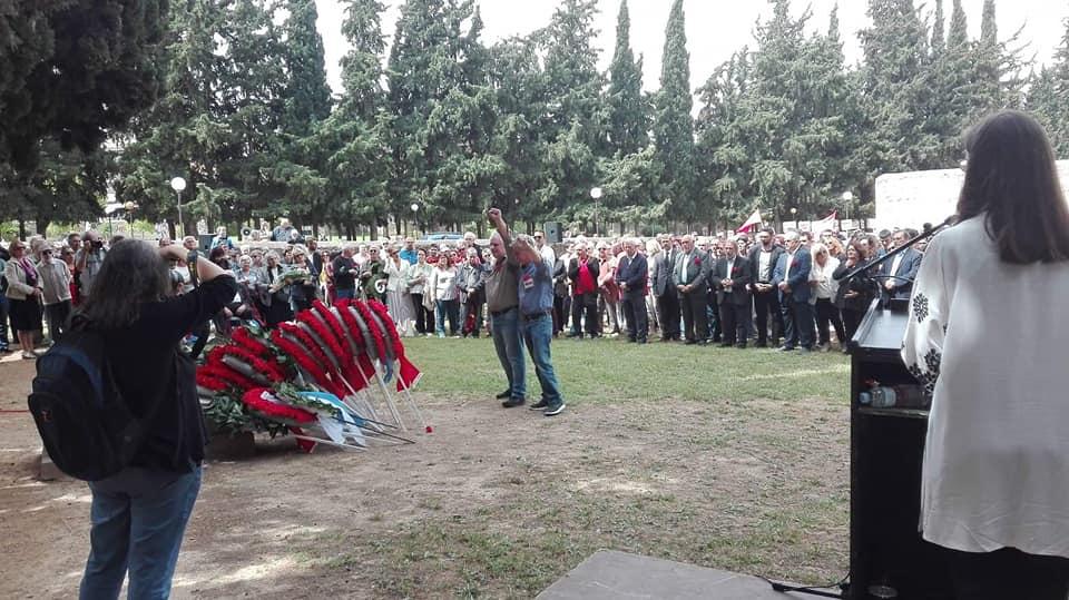 O υποψήφιος περιφερειάρχης Αττικής Κ. Τουλγαρίδης σε εκδήλωση μνήμης στο Σκοπευτήριο Καισαριανής