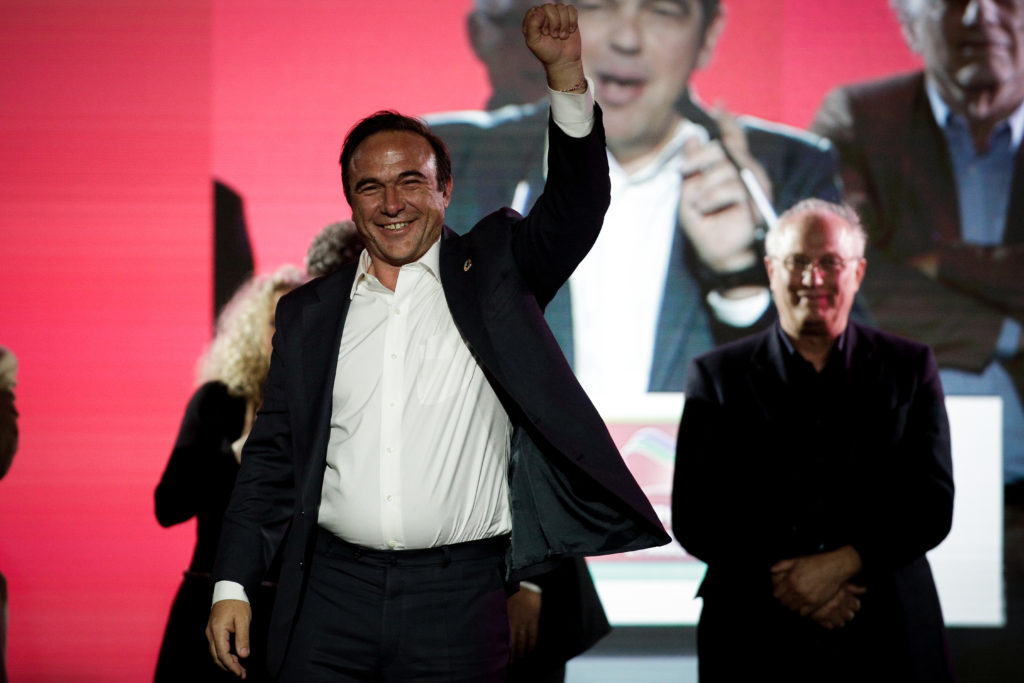 Πέτρος Κόκκαλης: Ο κ. Μητσοτάκης βρίσκεται εθελοντικά σε ομηρία
