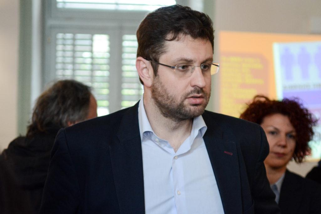 Ζαχαριάδης: Αποκαλύφθηκε το πολιτικά αδίστακτο πρόσωπο της συντηρητικής παράταξης