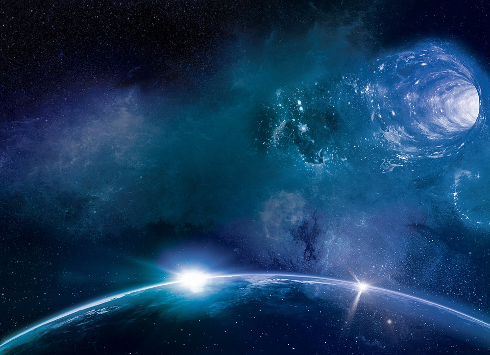 Kip Thorne: Ένα ταξίδι μέσα σε μια σκουληκότρυπα θα ήταν θανατηφόρο