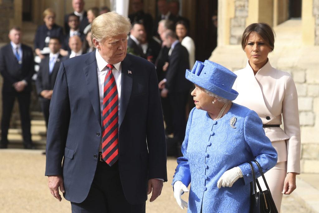 Βρετανία: Γεύμα Τραμπ με βασίλισσα Ελισάβετ και συνάντησή του με την απερχόμενη Τερέζα Μέι