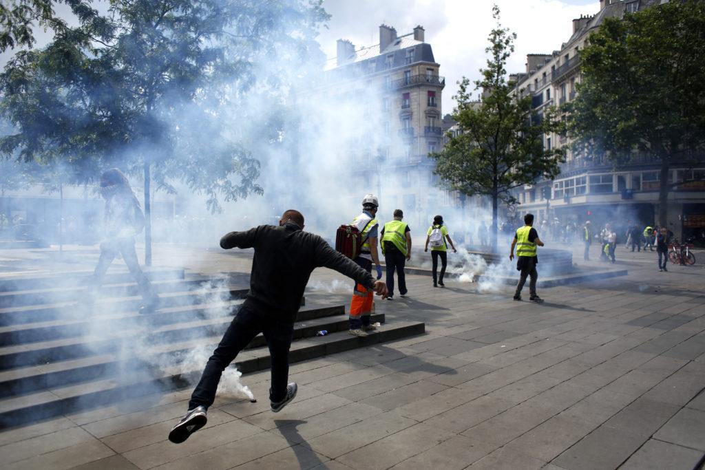 Tα Κίτρινα Γιλέκα δεν καταλαβαίνουν ούτε από ευρωεκλογές! (Photos+Videos)