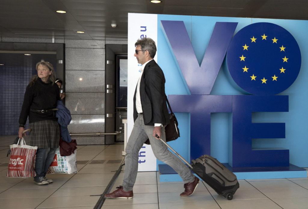 Οι πολίτες 21 χωρών-μελών κρίνουν το μέλλον της ΕΕ