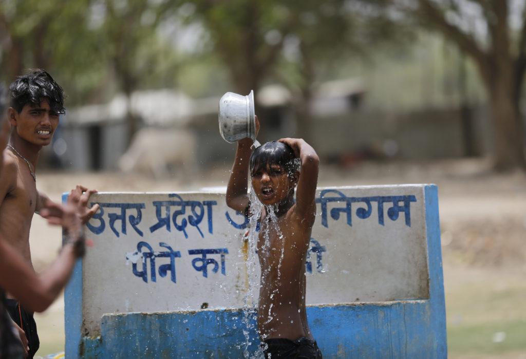 Ινδία: Σχεδόν 50 νεκροί μέσα σε 24 ώρες λόγω καύσωνα
