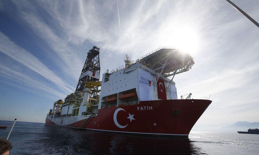 Kύπρος: «Θαλάσσια εισβολή οι τουρκικές ενέργειες» – Εκδόθηκαν εντάλματα σύλληψης