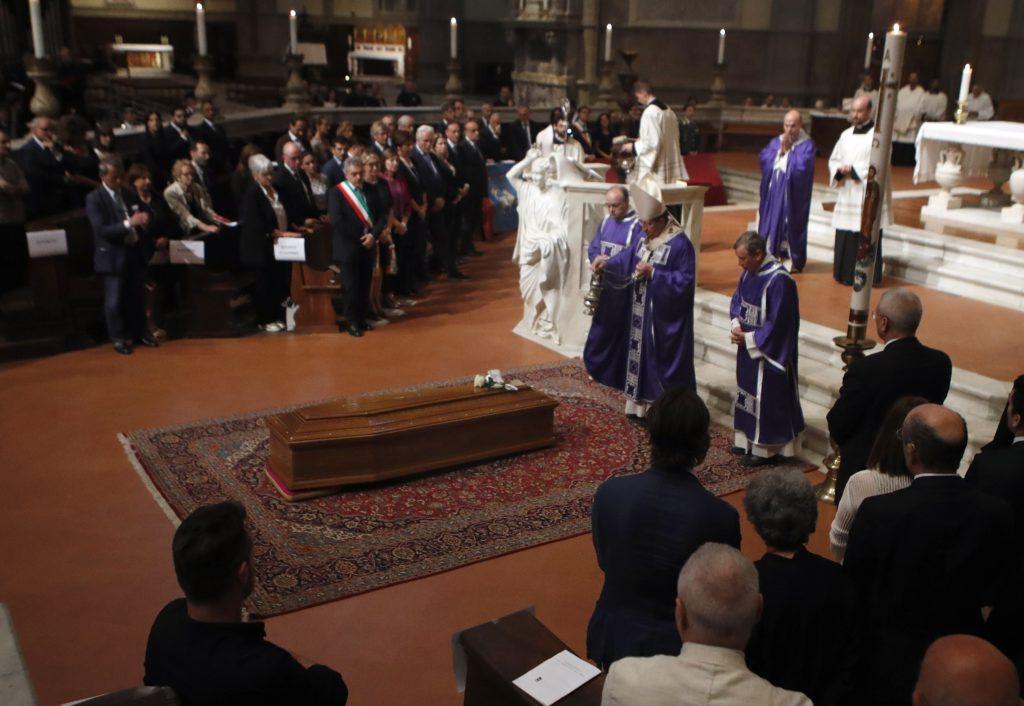 Ιταλία: Το τελευταίο αντίο στον Φράνκο Τζεφιρέλι (Photos)