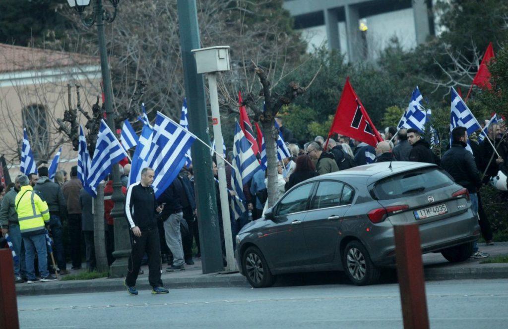 Νέο «φρένο» από τον δήμο Αθήνας στη Χρυσή Αυγή