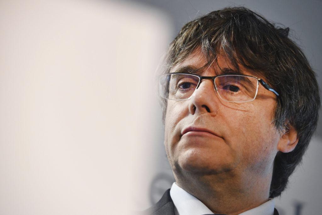 Ισπανία: Ακυρώθηκε η εκλογή του Πουιτζντεμόντ και άλλων δύο Καταλανών ευρωβουλευτών