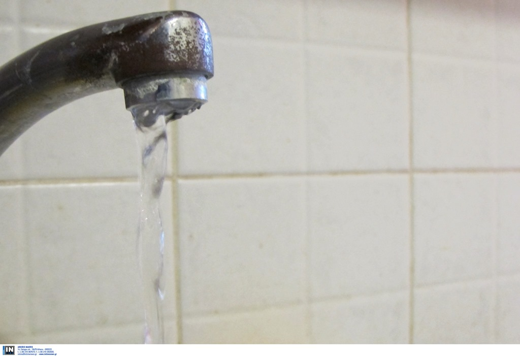 Θεσσαλονίκη: Συνεχίζονται οι εργασίες για την αποκατάσταση της υδροδότησης