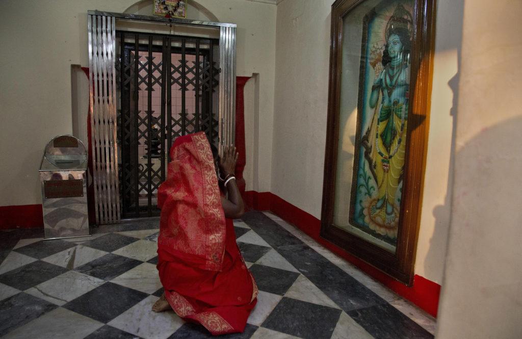 Μπανγκλαντές: Δεν χρειάζεται πλέον οι γυναίκες να δηλώσουν αν είναι παρθένες στα πιστοποιητικά γάμου