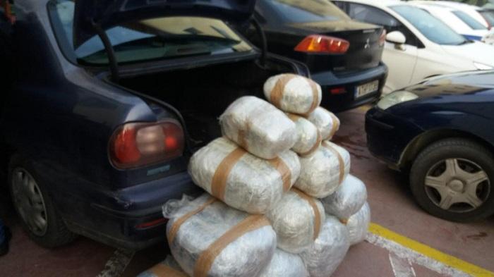 Ιωάννινα: Διακινούσε 951 κιλά χασίς με κλεμμένο φορτηγάκι
