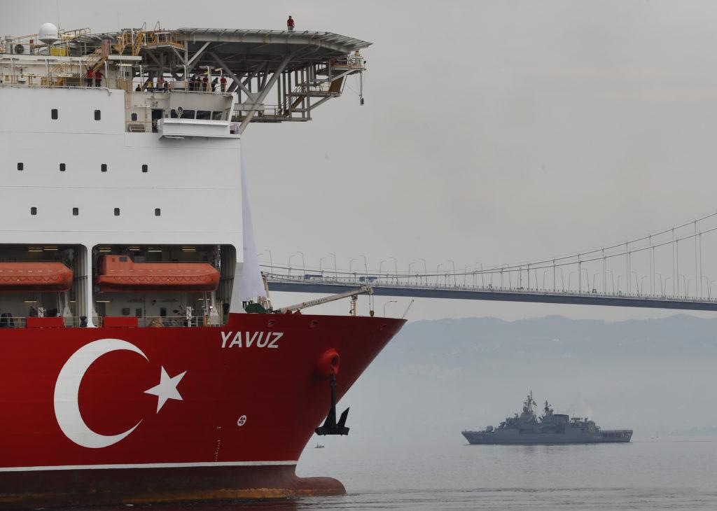 Τούρκος υπουργός Ενέργειας: Το Γιαβούζ ξεκινά νέες γεωτρήσεις