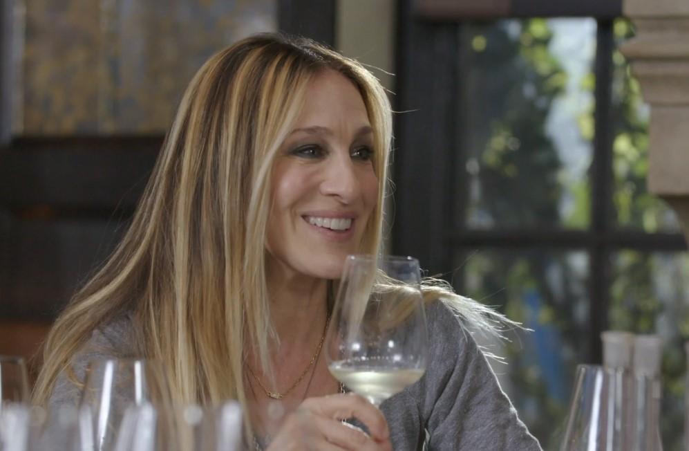 Invivo x SJP sauvignon blanc: Αυτό είναι το κρασί με την υπογραφή της Σάρα Τζέσικα Πάρκερ (Video)