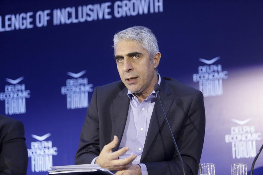Γιώργος Τσίπρας: Επενδύσεις με… δωράκια στις εταιρείες εις βάρος του συνόλου