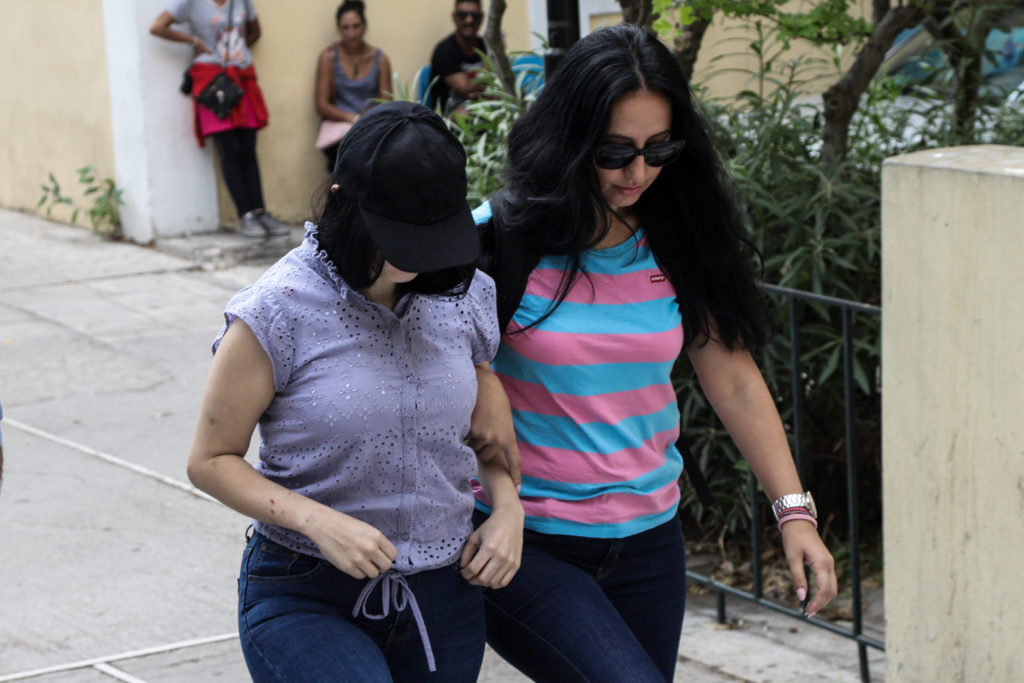 Μετανιωμένη η 19χρονη ζητά πίσω το παιδί της