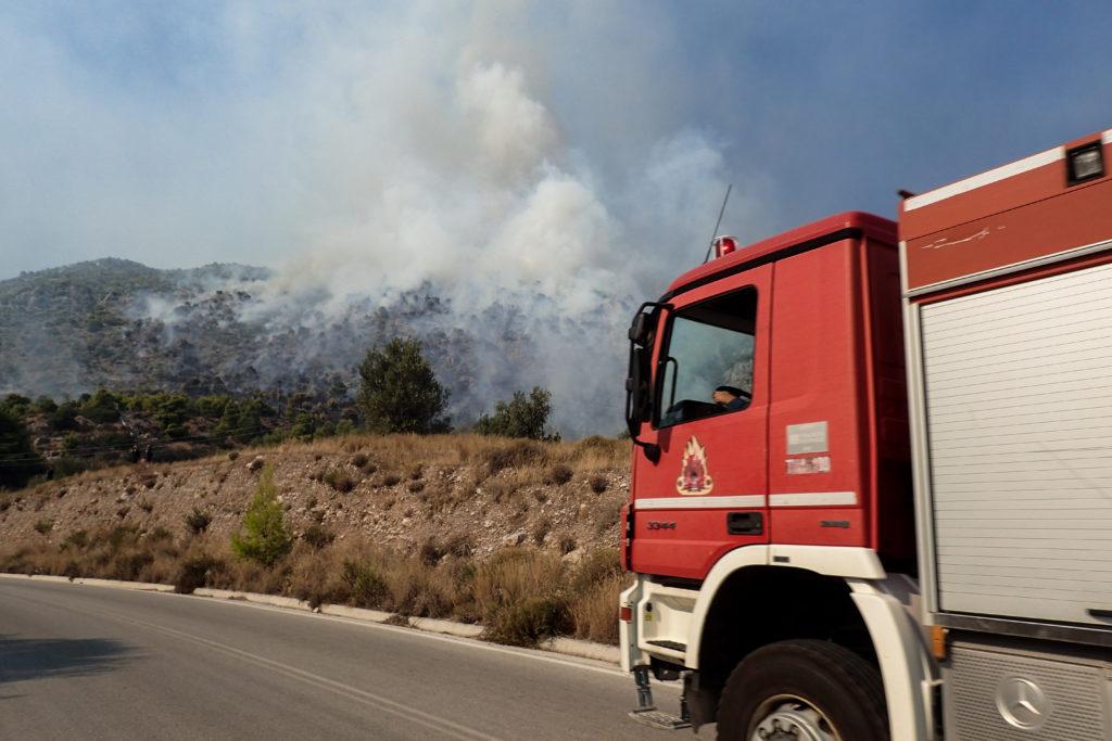 Πυρκαγιά στο Κρυονέρι – Εντοπίστηκε απανθρακωμένο πτώμα